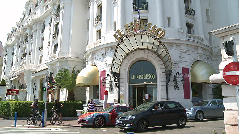 wide shot tilt of le negresco