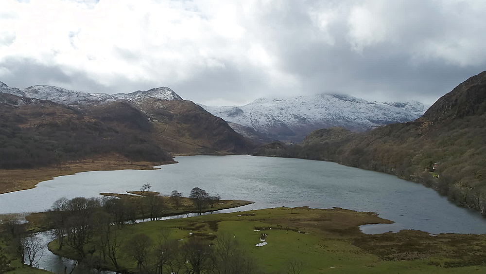 lake gwynant with snow on hills - 1031-2315