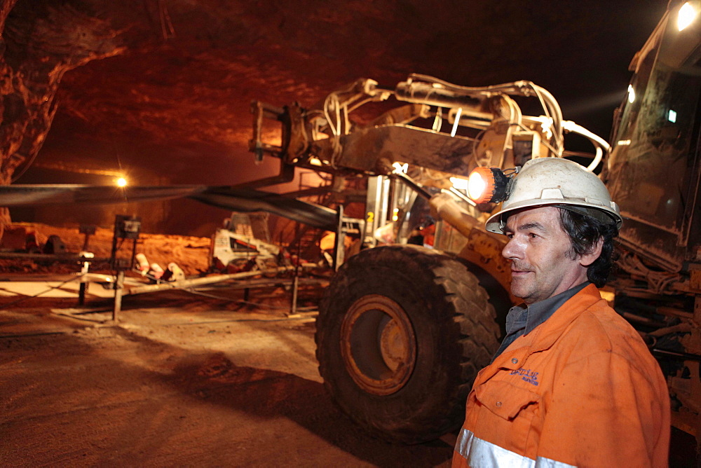 The mine uses the most sophisticated modern mining techniques to bring grit salt to the surface, including a laser guided JOY excavator and mechanical drills and lift.