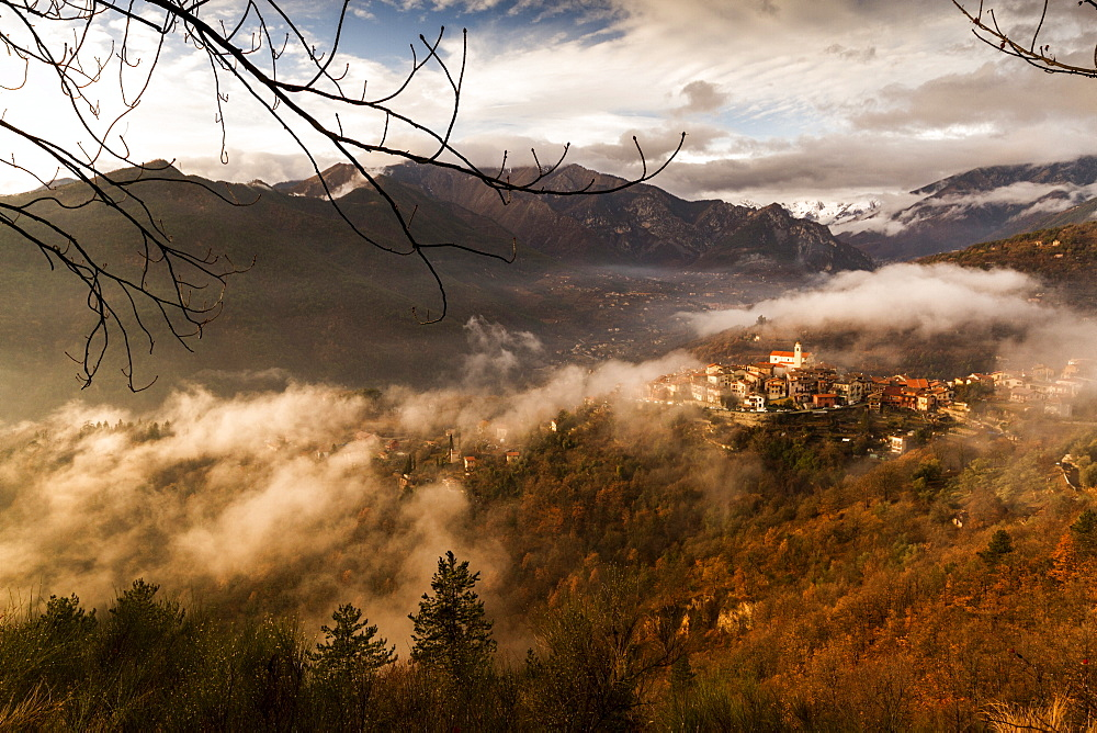 Village of La Bollene Vesubie in the evening mist in the Maritime alps. - 1061-37