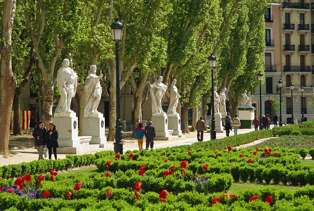 Plaze Oriente, Madrid, Spain, Europe - 11-653