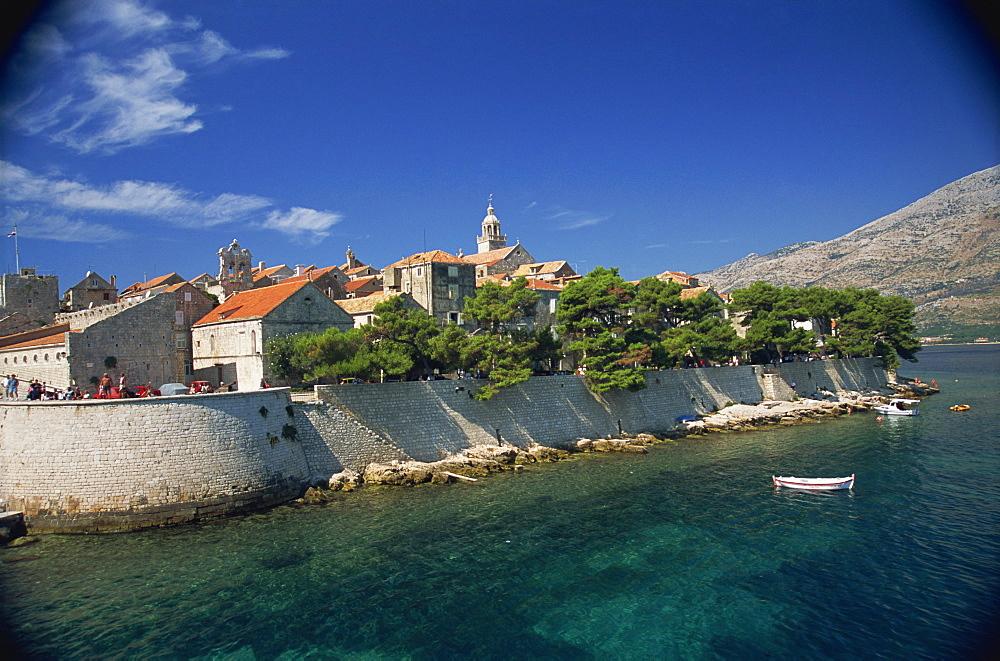 Fortified walls, Old Town, Korcula, Korcula Island, Dalmatia, Croatia, Europe - 11-817
