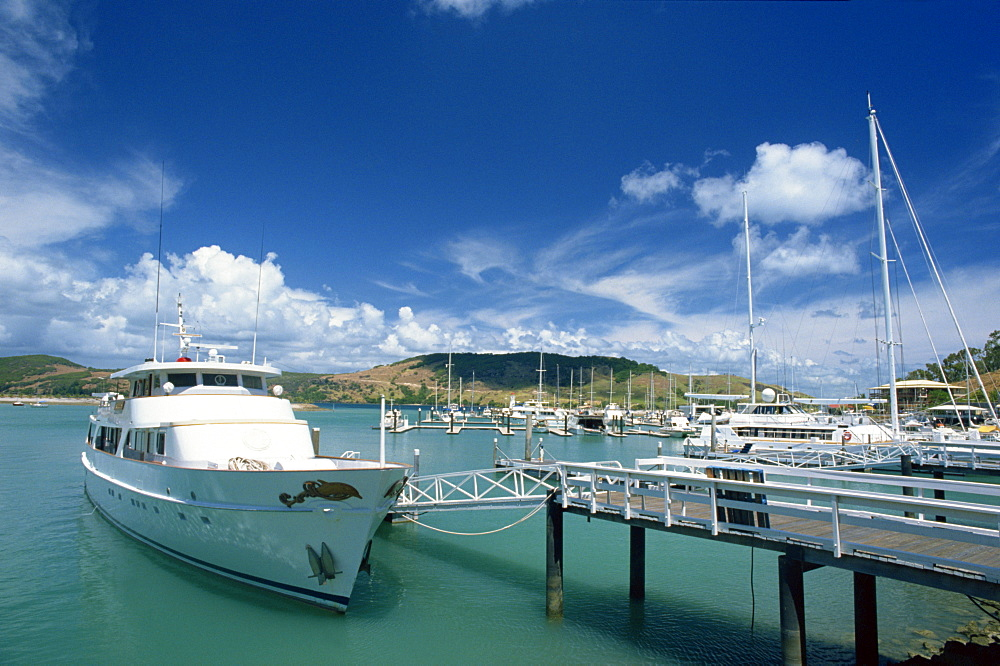 Boat moored in Hamilton harbour, Whitsundays, off the Great Barrier reef, Queensland, Australia, Pacific