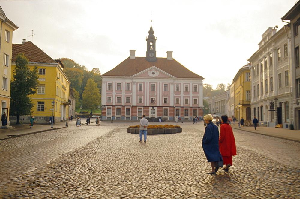 Town Hall Square, Tartu, Estonia - 110-6899