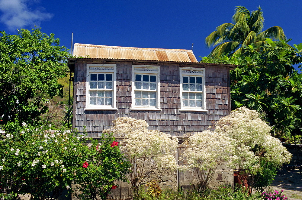 Shingle house, Bequia, Port Elizabeth, Grenadines, Windward Islands, West Indies, Caribbean, Central America