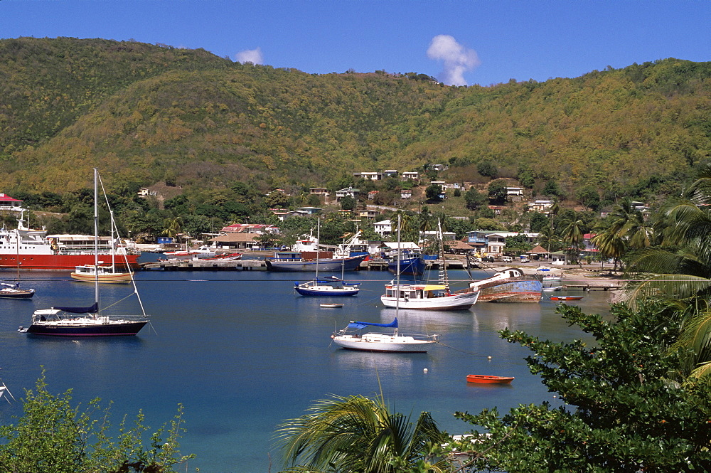 Admiralty Bay and Port Elizabeth, Bequia, The Grenadines, Windward Islands, West Indies, Caribbean, Central America