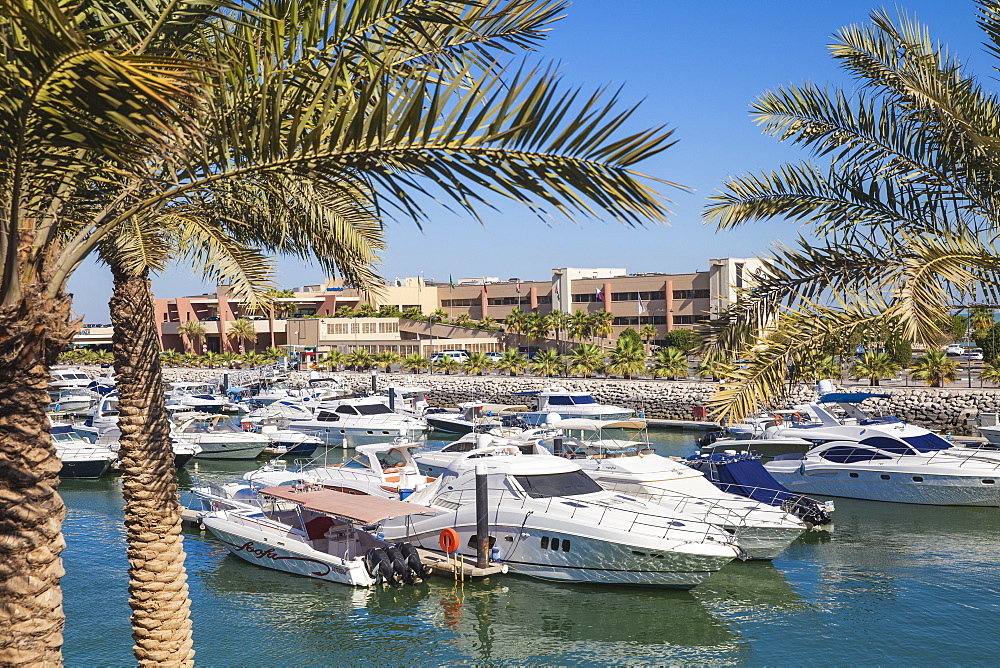 Marina Hotel overlooking Yacht Club on Arabian Gulf Street, Salmiya, Kuwait City, Kuwait, Middle East