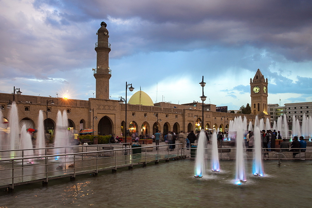 Shar Park, Clock tower and Qaysari Bazaars, Erbil, Kurdistan, Iraq, Middle East