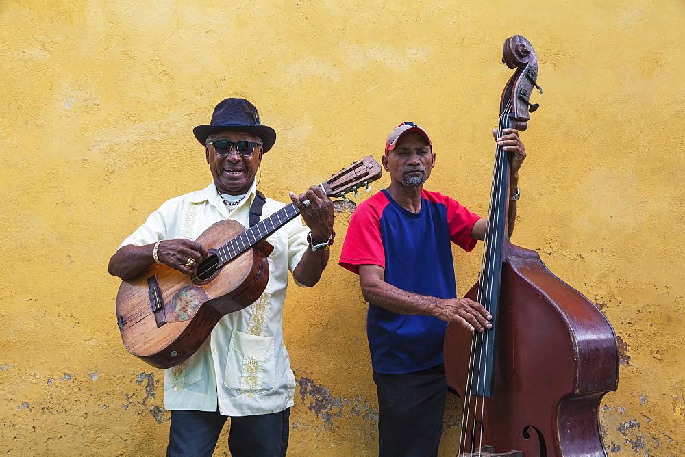 Musicians in Historical Centre, Santiago de Cuba, Santiago de Cuba Province, Cuba, West Indies, Caribbean, Central America