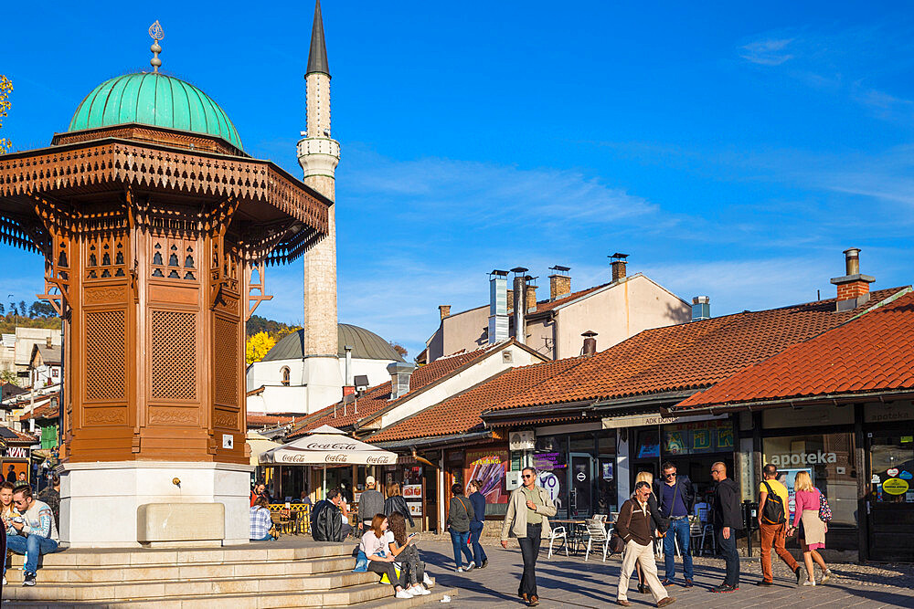 Bosnia and Herzegovina, Sarajevo, Bascarsija - The Old Quarter, Bascarsija Square, The Sebilj, an Ottoman-style wooden fountain - 1104-975