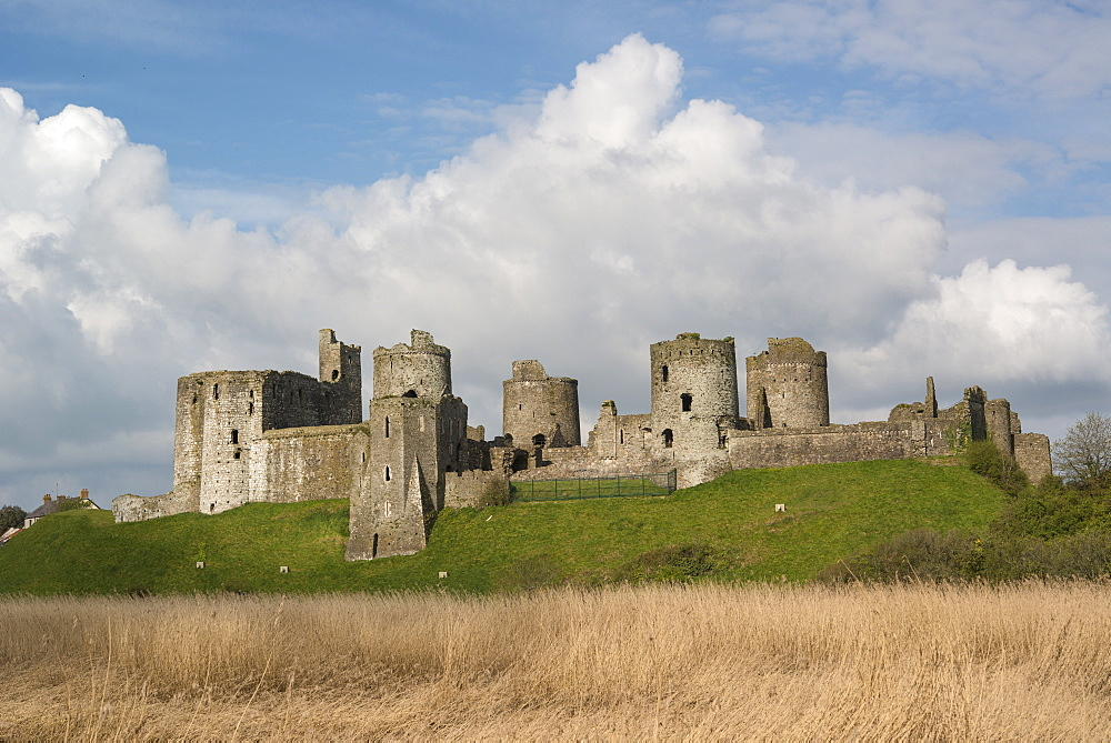 Kidwelly Castle, Carmarthenshire, Wales, United Kingdom, Europe - 1108-43