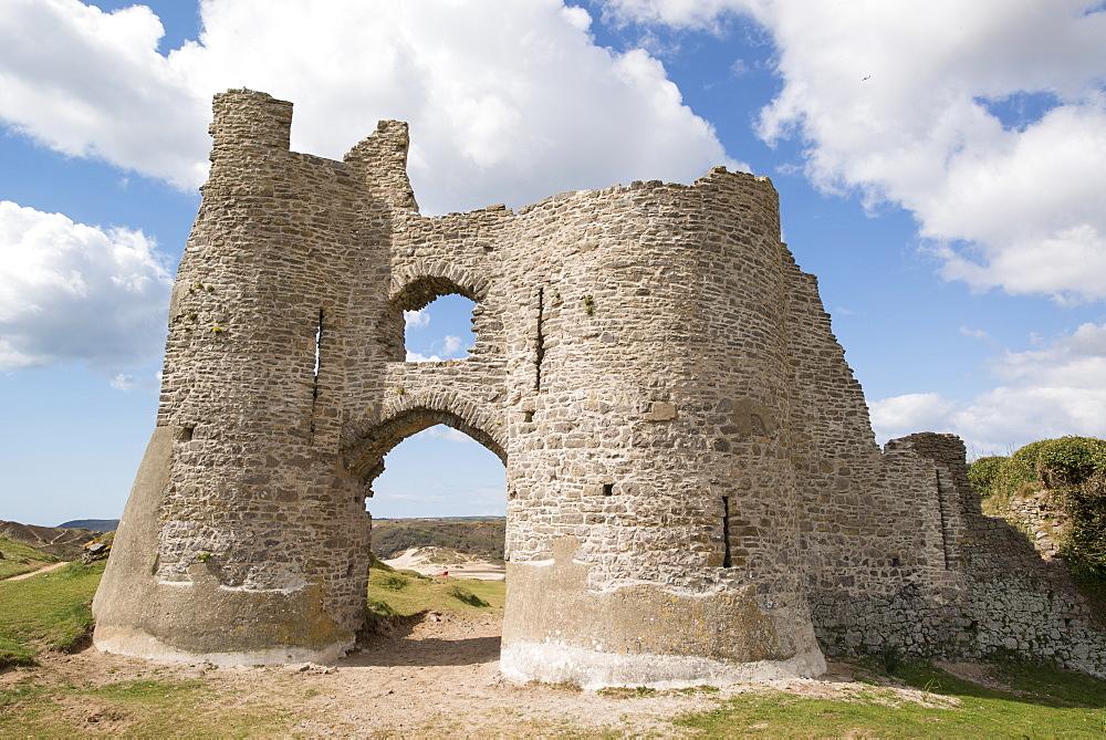 Pennard Castle, Gower, Wales, United Kingdom, Europe - 1108-45