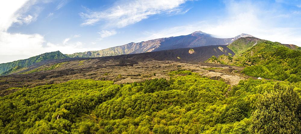 Mount Etna Volcano, UNESCO World Heritage Site, Sicily, Italy, Europe