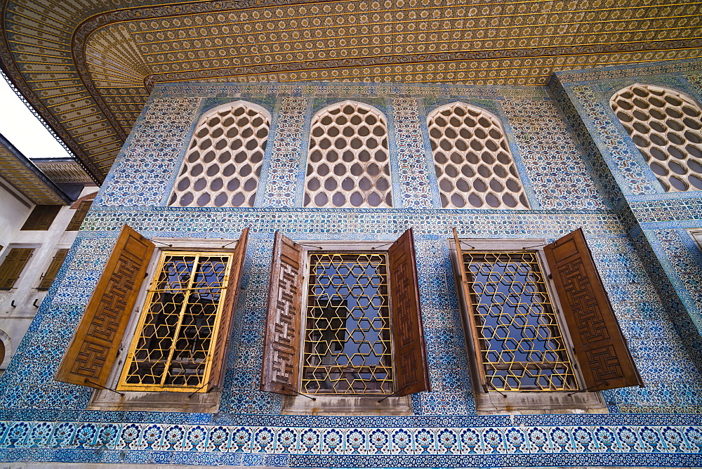 Topkapi Palace details of decoration, UNESCO World Heritage Site, Istanbul, Turkey, Europe
