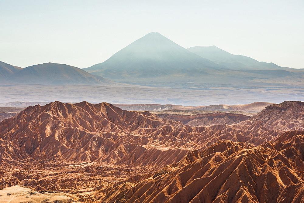 Death Valley (Valle de la Muerte) and Licancabur Volcano, San Pedro de Atacama, Atacama Desert, North Chile, Chile, South America
