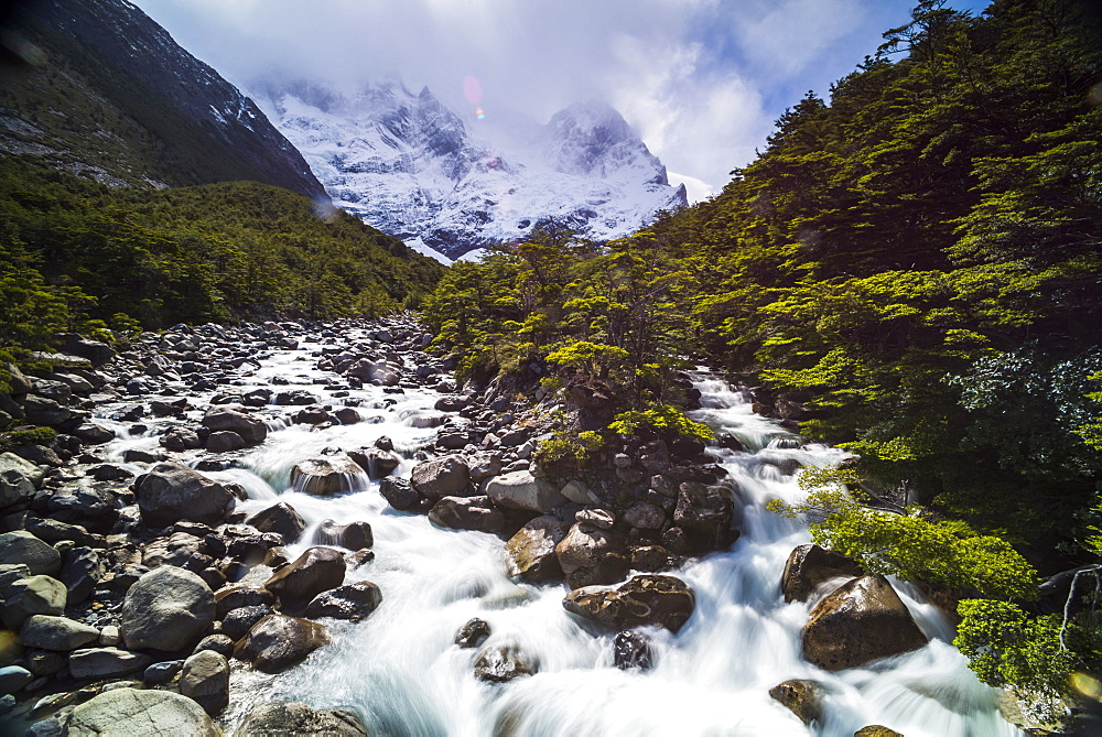Rio Frances, French Valley (Valle del Frances), Torres del Paine National Park, Patagonia, Chile, South America