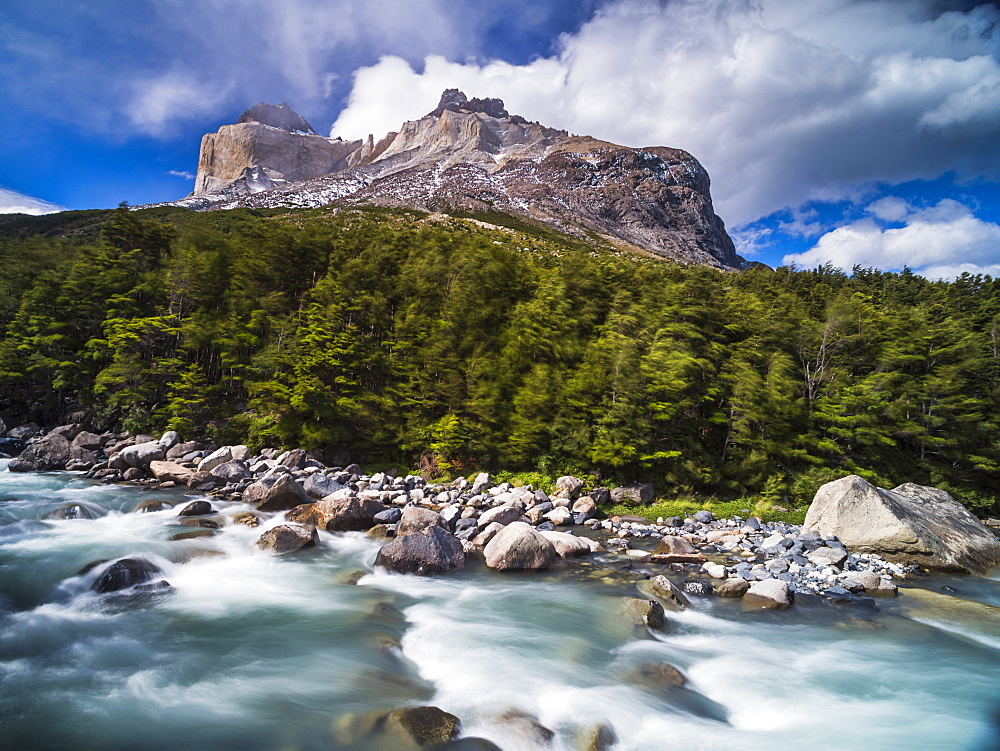 Los Cuernos mountains and Rio Frances, French Valley, Torres del Paine National Park, Patagonia, Chile, South America
