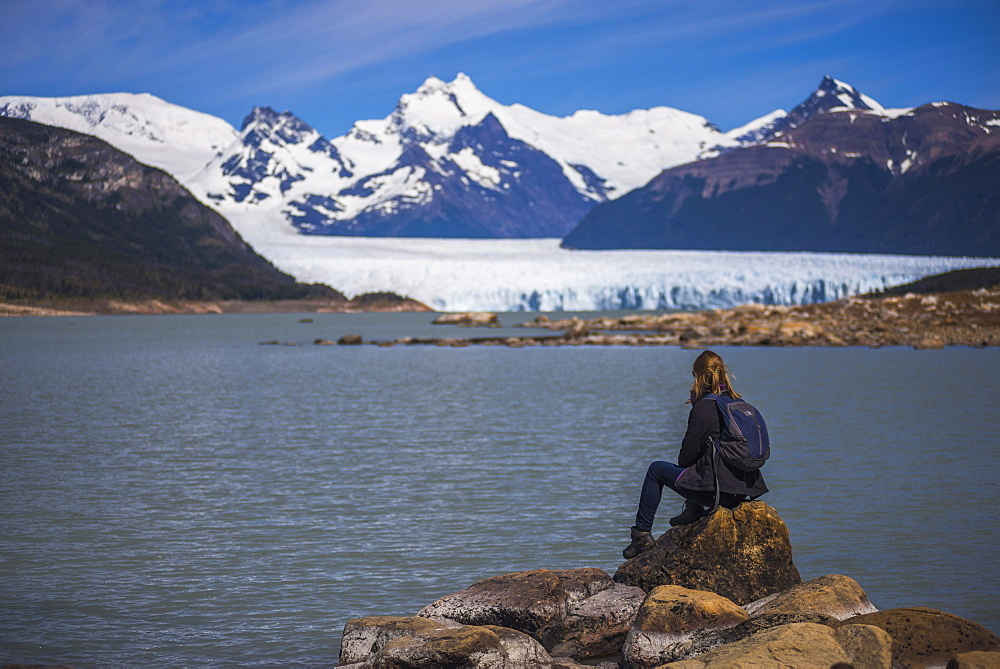 Woman at Perito Moreno Glaciar, Los Glaciares National Park, UNESCO World Heritage Site, near El Calafate, Patagonia, Argentina, South America