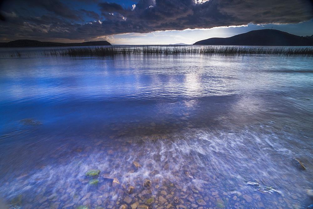 Stormy Lake Titicaca, Challapampa village, Isla del Sol (Island of the Sun), Bolivia, South America