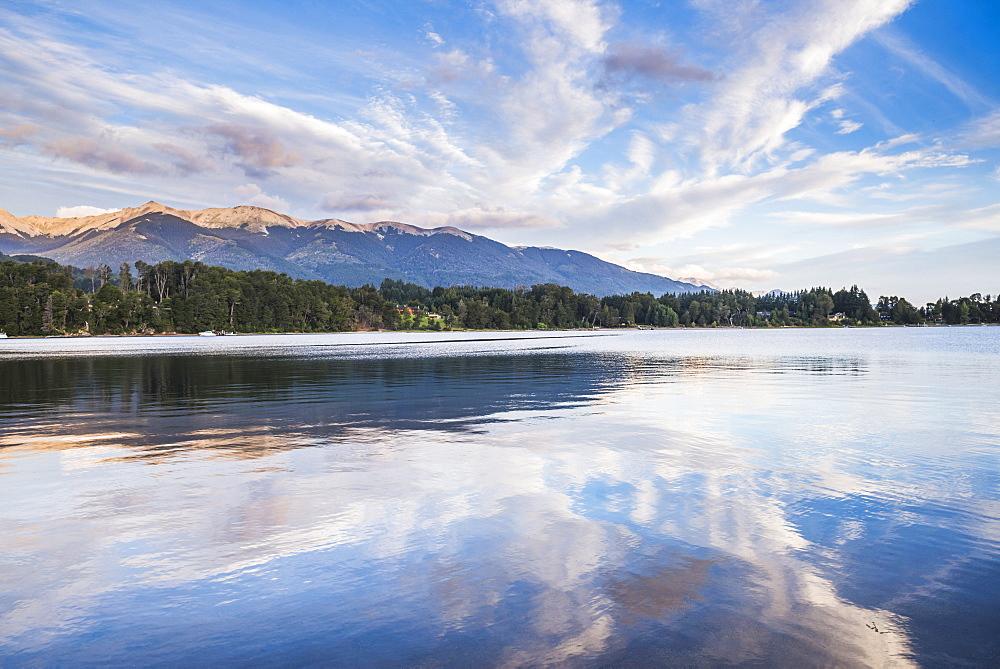 Nahuel Huapi Lake (Lago Nahuel Huapi), Las Balsas Bay, Villa la Angostura, Neuquen, Patagonia, Argentina, South America