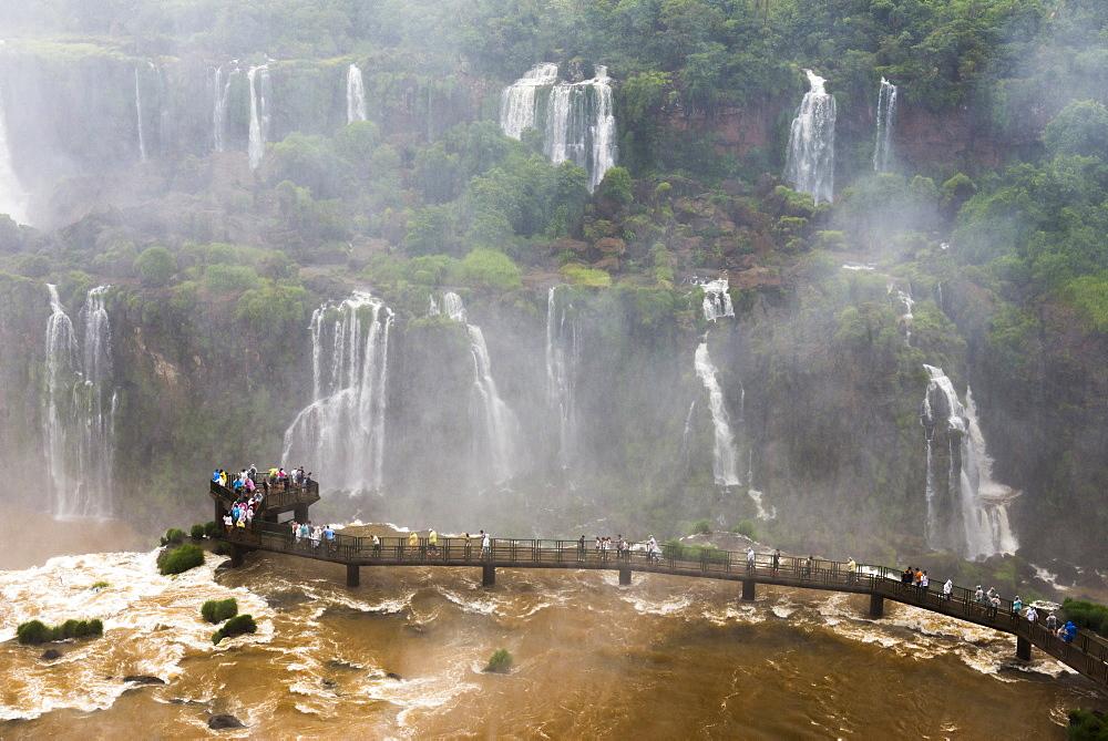 Iguazu Falls (Iguacu Falls) (Cataratas del Iguazu), UNESCO World Heritage Site, seen from the Brazilian side, border of Brazil Argentina and Paraguay, South America
