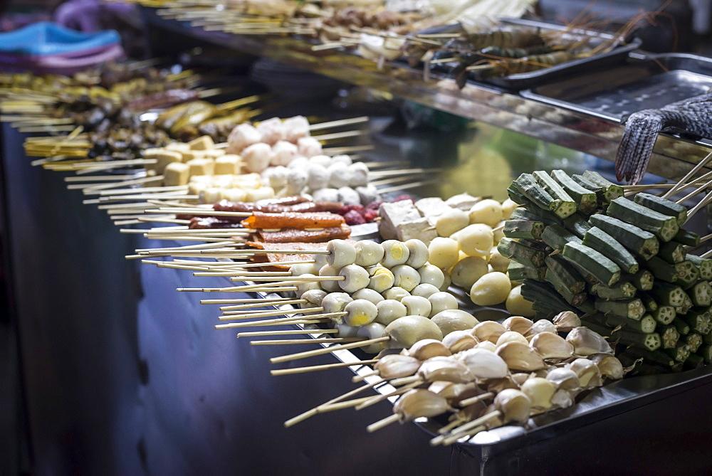 Street food on 19th Street in Chinatown, Yangon (Rangoon), Myanmar (Burma), Asia