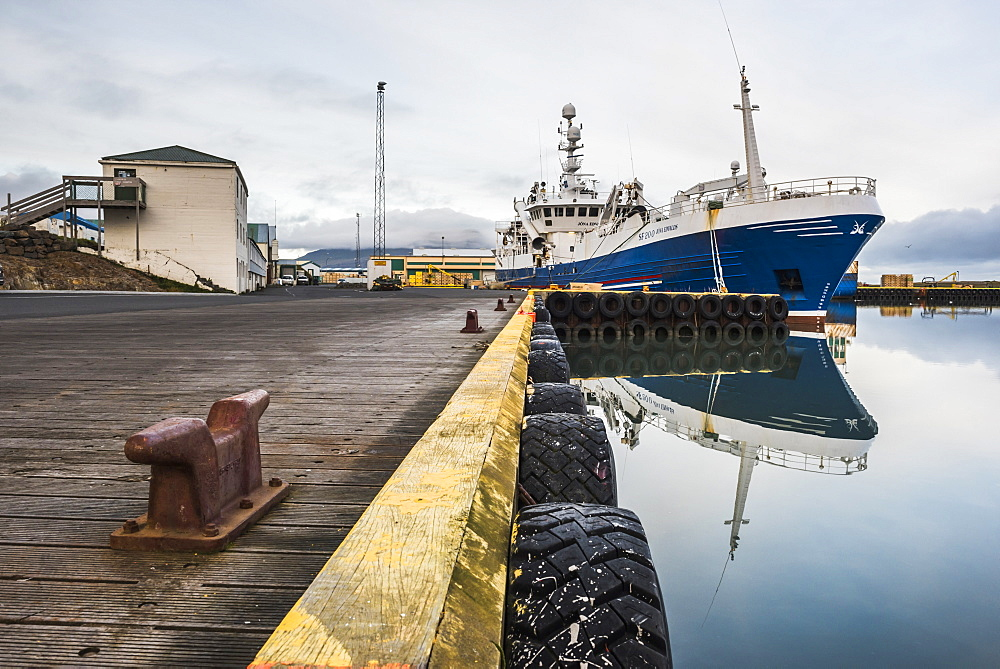 Fishing Harbour at Hofn, East Fjords Region (Austurland), Iceland, Polar Regions