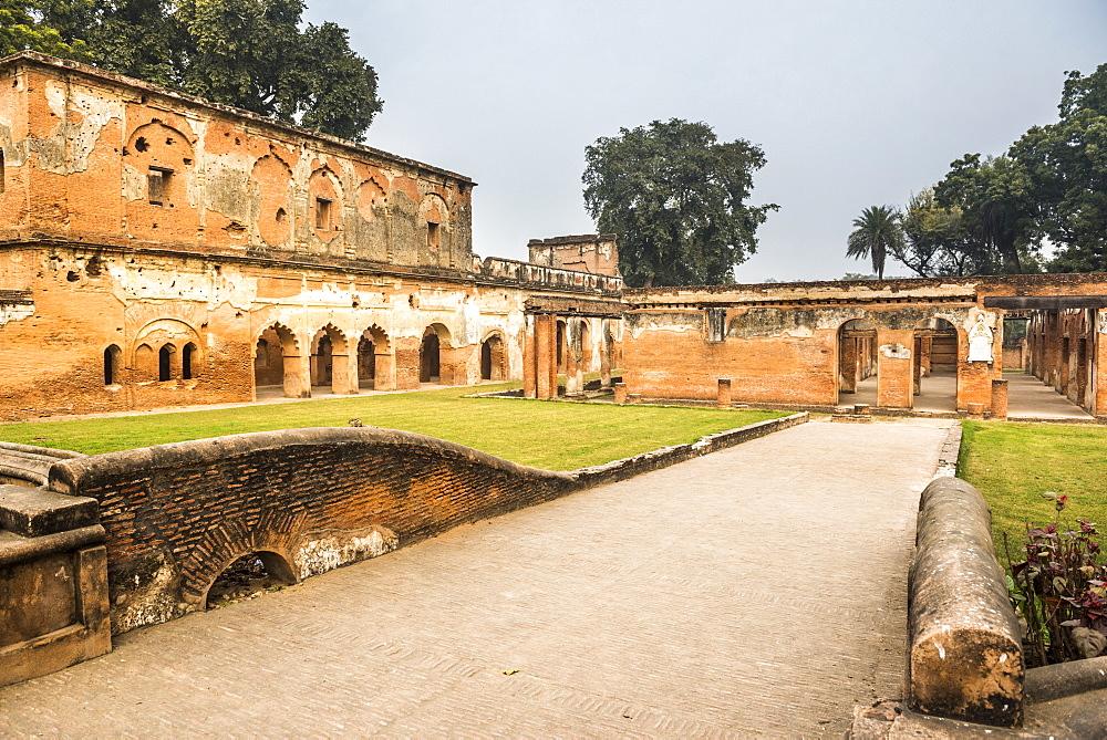 The British Residency Complex, Lucknow, Uttar Pradesh, India, Asia
