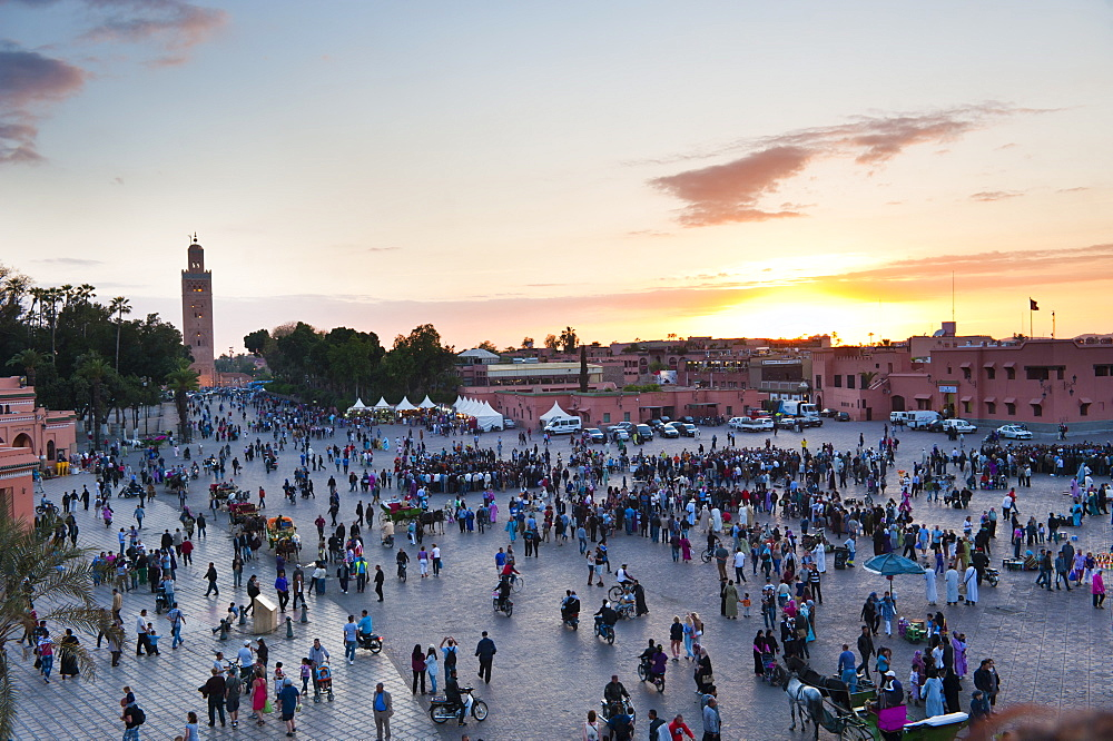 Place Djemaa El Fna and Koutoubia Mosque at sunset, Marrakech, Morocco, North Africa, Africa