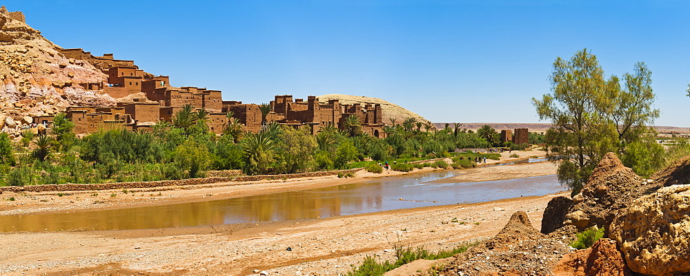 Kasbah Ait Ben Haddou and the Ounila River, UNESCO World Heritage Site, near Ouarzazate, Morocco, North Africa, Africa