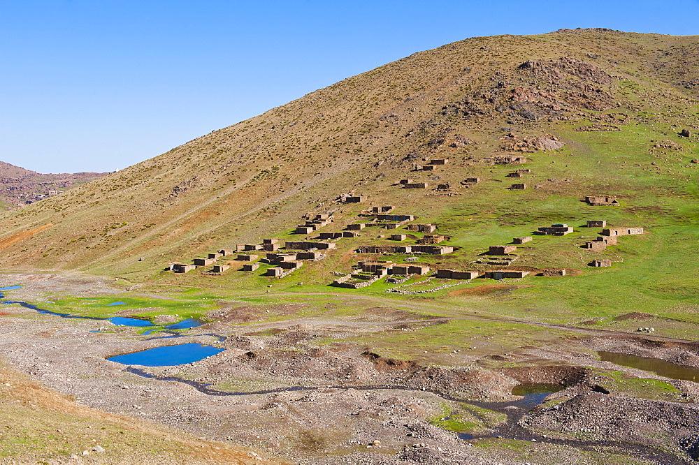Berber village at Oukaimeden, High Atlas Mountains, Morocco, North Africa, Africa