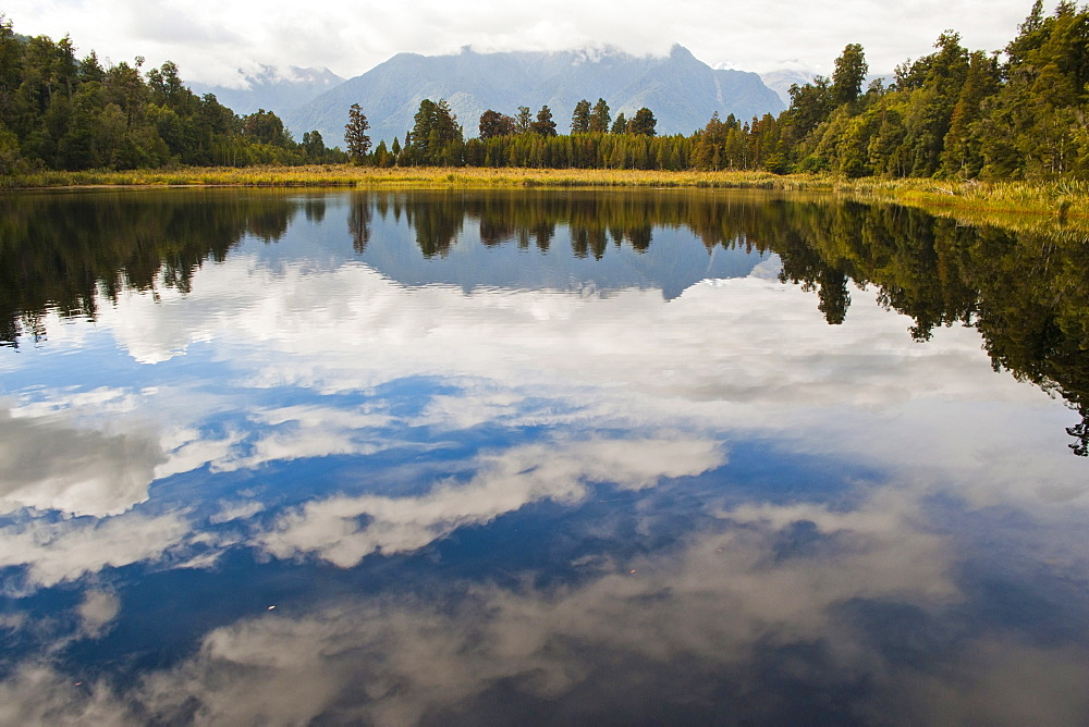 Reflections at Lake Matheson, Westland National Park, UNESCO World Heritage Site, South Island, New Zealand, Pacific
