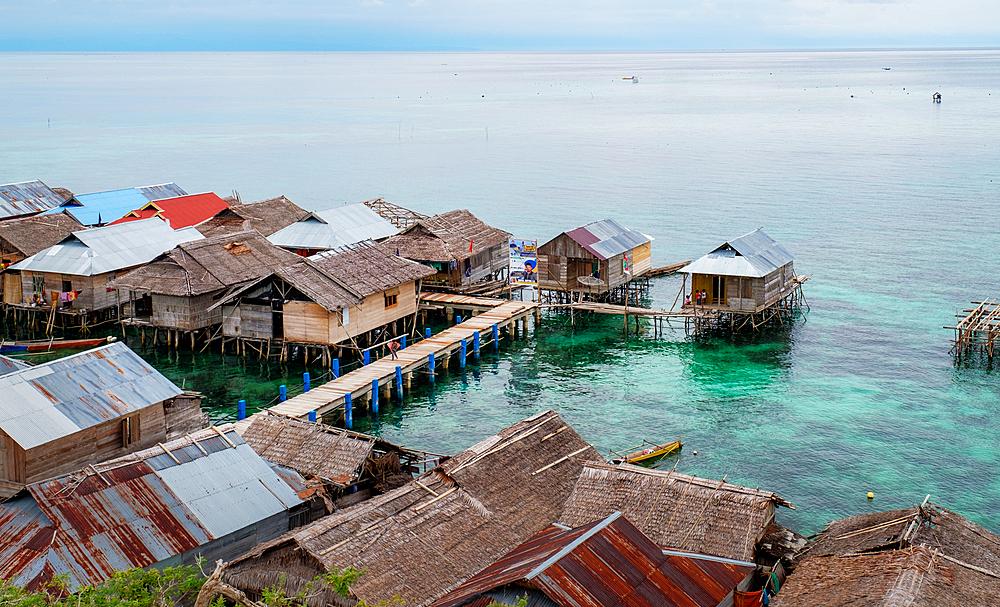 Kabalutan Sea Gypsy village, Togian Islands, Indonesia, Southeast Asia, Asia - 1111-86