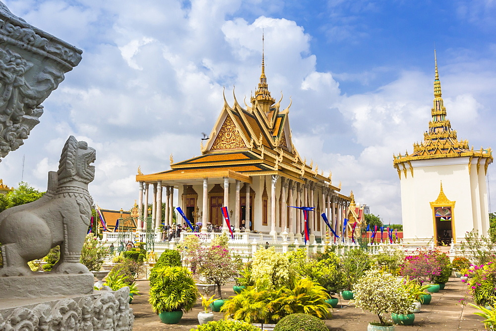 Stupa in front of the Silver Pagoda in the Royal Palace, in the capital city of Phnom Penh, Cambodia, Indochina, Southeast Asia, Asia