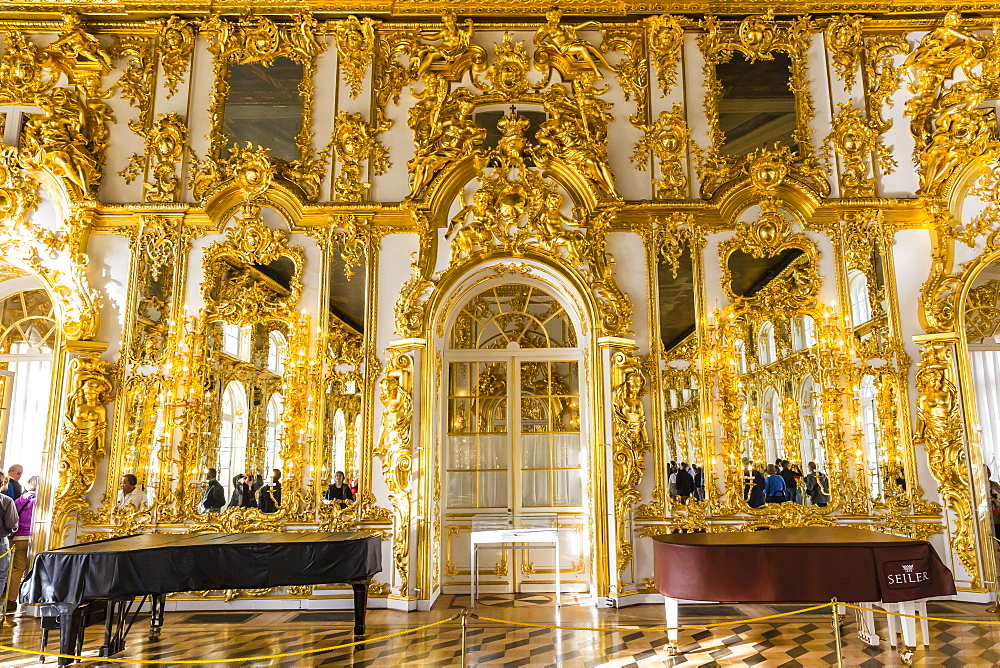 Interior view of the opulence in the Great Hall of the Catherine Palace, Tsarskoe Selo, St. Petersburg, Russia, Europe