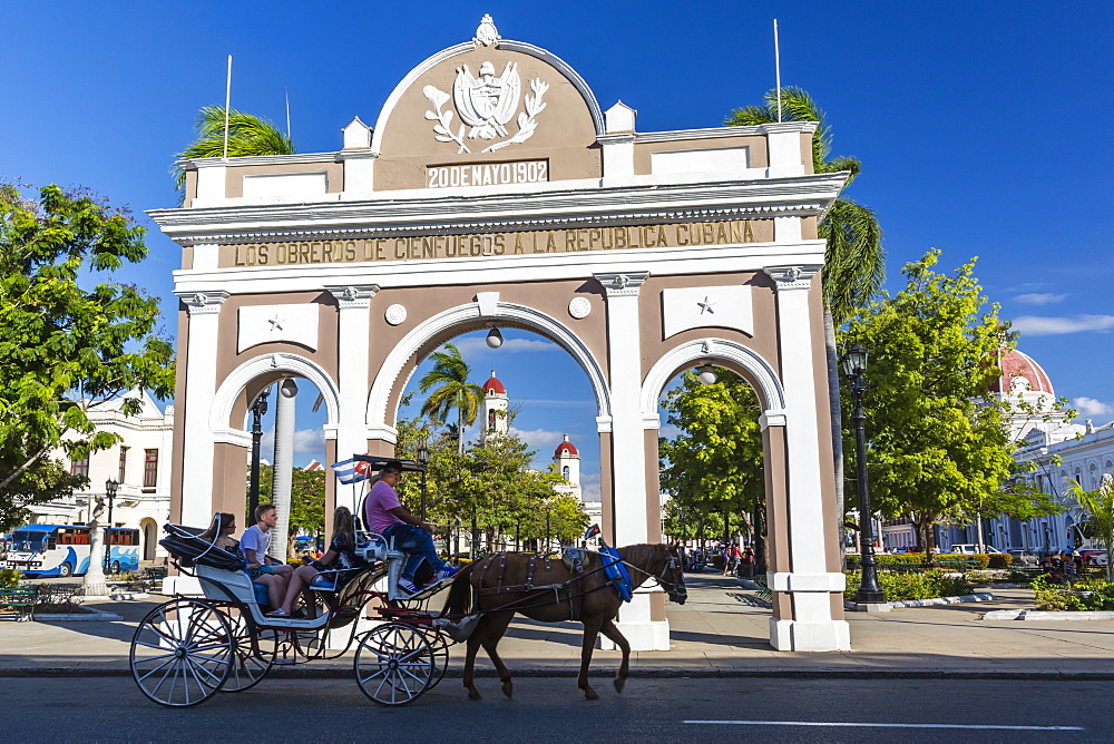 The Arco de Triunfo replica in Parque Jose Marti in the city of Cienfuegos, UNESCO World Heritage Site, Cuba, West Indies, Caribbean, Central America