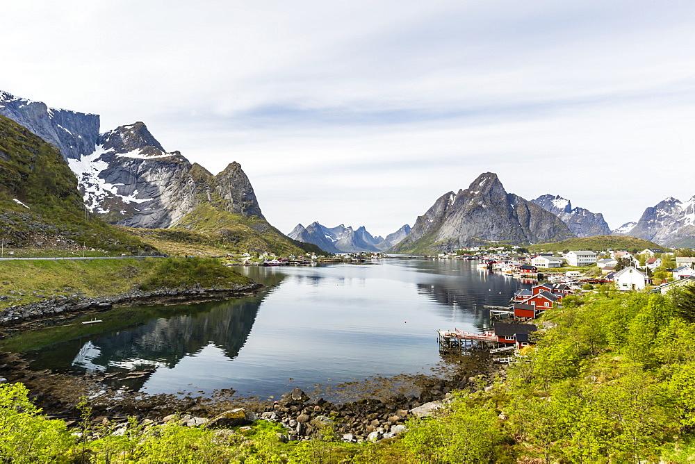 Picturesque view of the town of Reine, in the Lofoten Islands, Arctic, Norway, Scandinavia, Europe