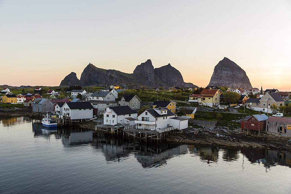 Sunset in the fishing town of Traena (Trana), located on the Arctic Circle, Norway, Scandinavia, Europe
