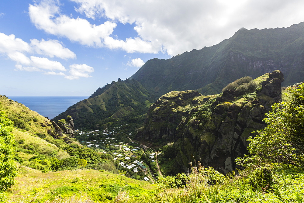 Overlooking the town of Hanavave, Fatu Hiva, Marquesas, French Polynesia, South Pacific, Pacific