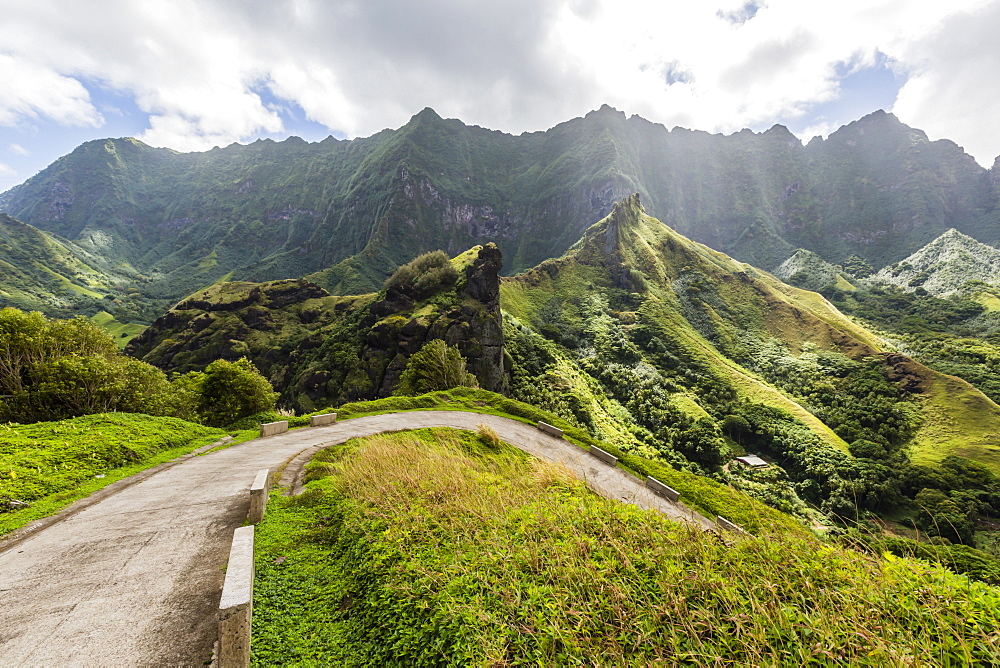 Winding mountain road from the town of Hanavave, Fatu Hiva, Marquesas, French Polynesia, South Pacific, Pacific