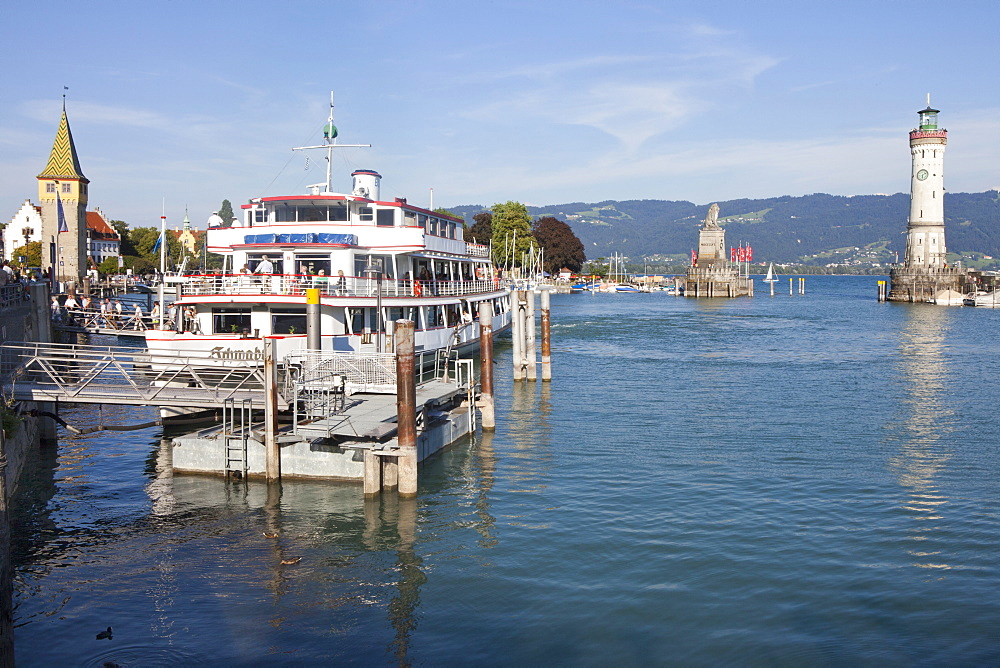 Lighthouse and Mang tower at Lindau harbour, Lindau, Lake Constance, Swabian, Bavaria, Germany, Europe