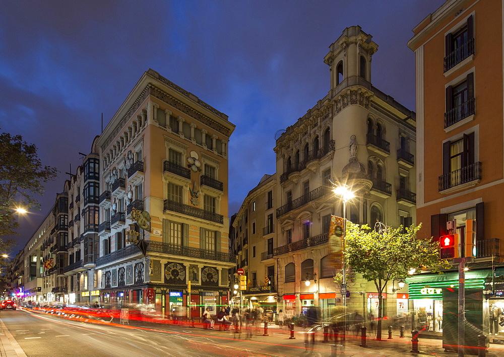 la Rambla at twilight, Barcelona, Catalunia, Spain