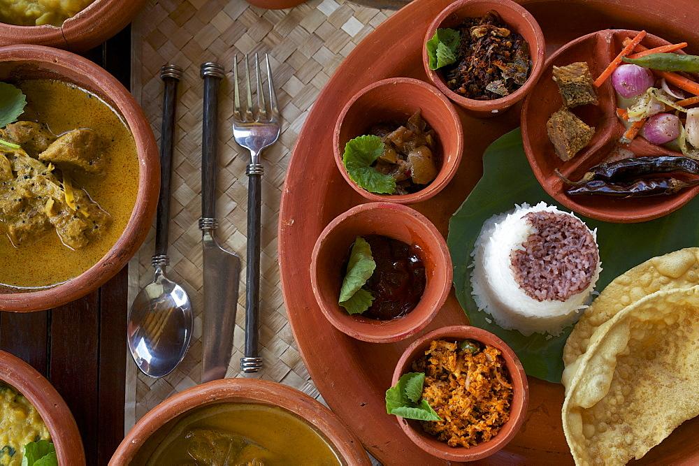 Ayurveda food in earthenware pots, Jetwing Hotel Vil Uyana, Sigiriya, Matale Distict, cultural triangle, Sri Lanka