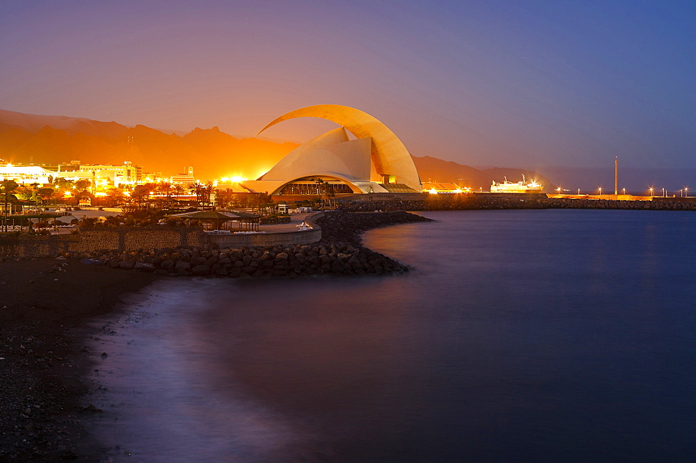 Auditorio de Tenerife, concert hall, architect Santiago Calatrava, Santa Cruz de Tenerife, Atlantic ocean, Tenerife, Canary Islands, Spain, Europe - 1113-101497