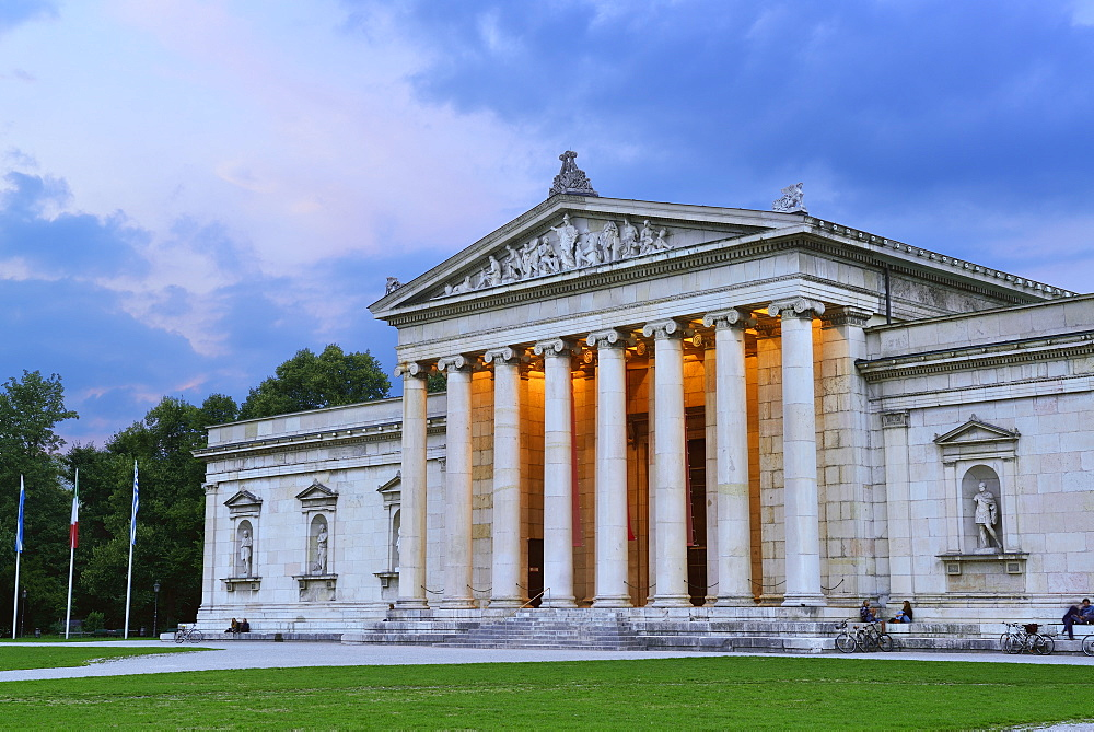 Glyptothek, Koenigsplatz, Munich, Upper Bavaria, Bavaria, Germany