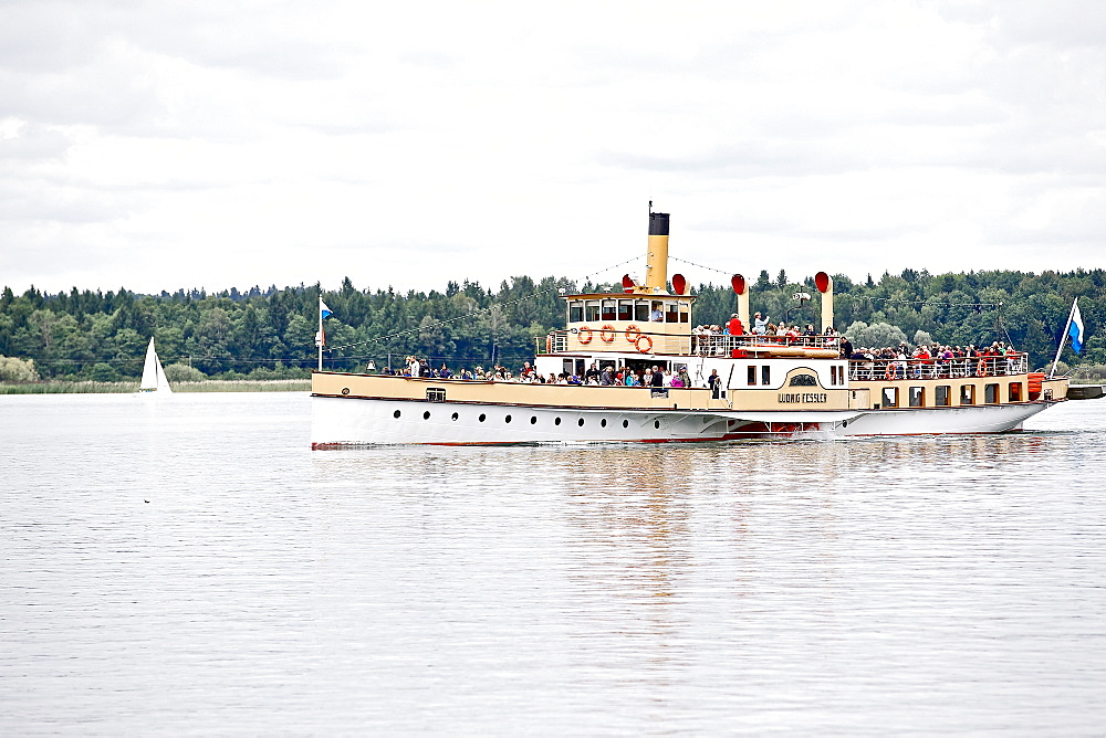 Paddle steamer on lake Chiemsee, Chiemgau, Bavaria, Germany