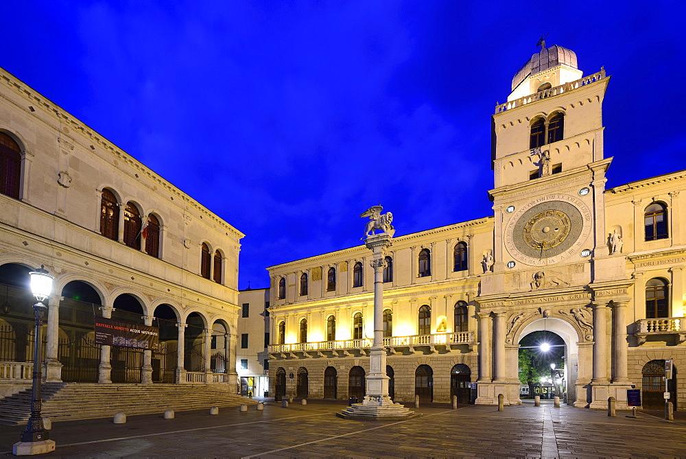 Torre dell Orologio, Piazza dei Signori, Padua, Veneto, Italy