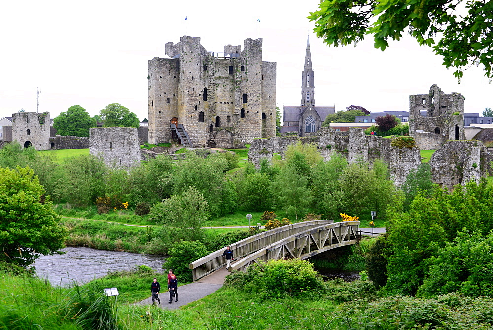 Trim castle, Trim in the Boyne valley, East coast, north of Dublin, County Meath, Ireland