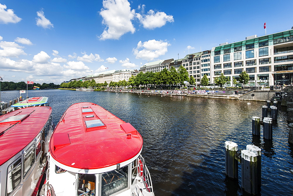 Excursion boats on lake Binnenalster, terrace Jungfernstieg, Hamburg, Germany