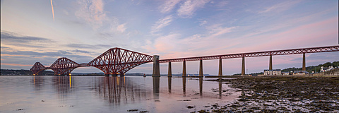 The Forth Bridge, Firth of Forth, Forth, Queensferry, Edinburgh, Scotland, United Kingdom
